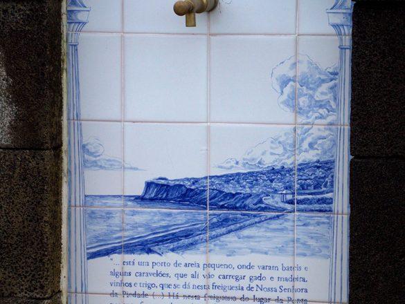 Chafariz sito  à Estrada Regional, Canto da Areia
